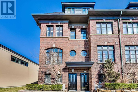 10 Cormier Hts in Toronto, ON : MLS# w5221562
