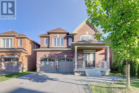 102 Timna Cres, Patterson, Vaughan
