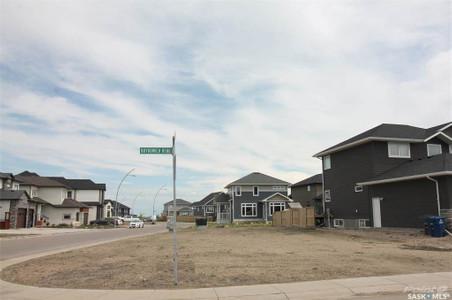 103 Boykowich Bend, Saskatoon, Saskatchewan, S7W0S2
