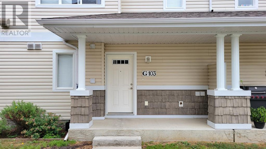 103 G 8640 103 Ave Avenue - Bedroom 9.58 Ft x 8.42 Ft