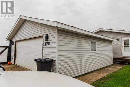 10311 96 Street - Bedroom 11.50 Ft x 7.58 Ft