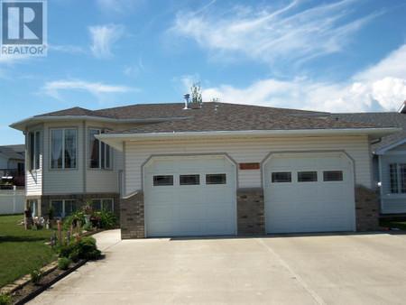 10330 83 Street, Saddleback Ridge, Peace River