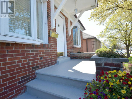 1037 East Ave, Lakeview, Mississauga