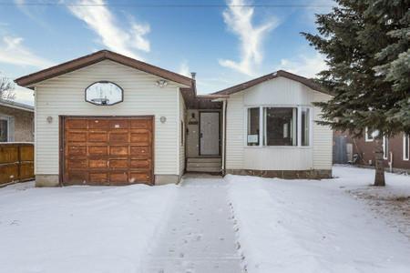 10428 29 A Av Nw, Ermineskin, Edmonton