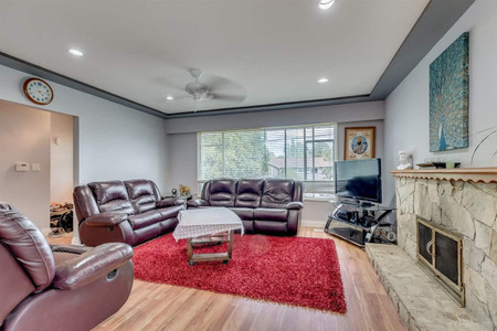 10465 155 A Street in Surrey, BC : MLS# r2580502