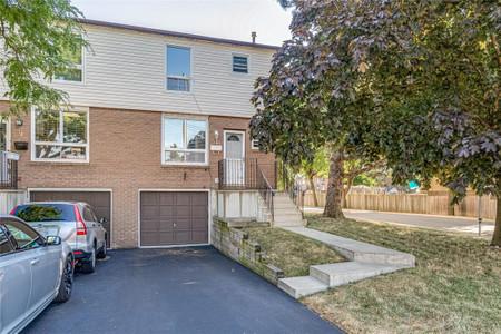 11 29 Quail Drive, Hamilton, Ontario, L8W1N1