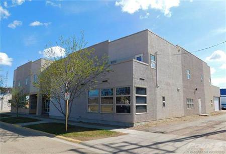 120 3 Street W, Brooks, Alberta, T1R0S3
