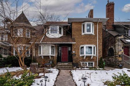 126 Westmount Ave in Toronto, ON : MLS# w5229043