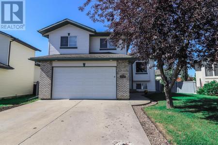 12710 90 A Street, Crystal Lake Estates, Grande Prairie