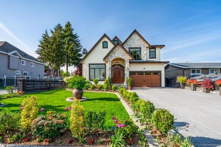 12901 92 A Avenue in Surrey, BC : MLS# r2579996