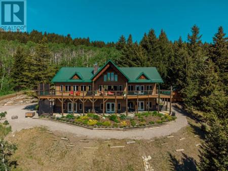 13 Talon Peak Estate - Family room 19.58 Ft x 19.58 Ft