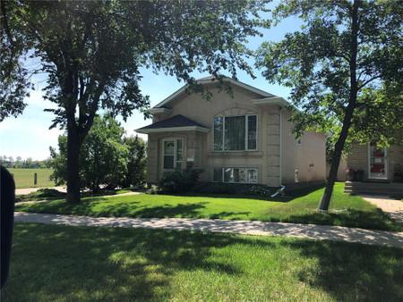 130 Burland Ave, Winnipeg