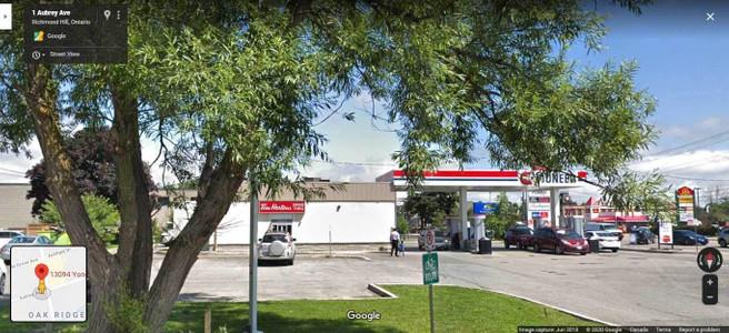 13094 Yonge St, Oak Ridges, Richmond Hill