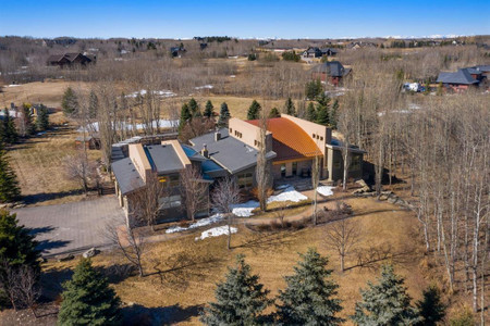 131 North Valley Bay in Rural Rocky View County, AB : MLS# a1091125