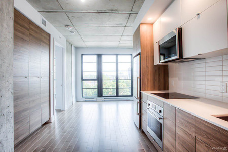 1320 Rue Olier, Montreal