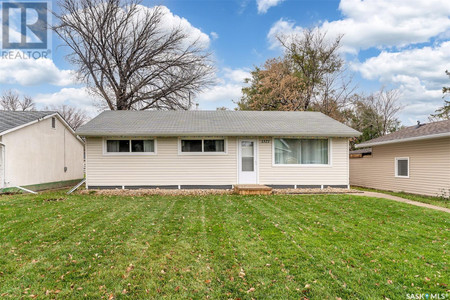 1321 Connaught Ave Nw, Central Mj, Moose Jaw