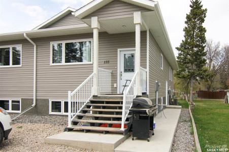 135 Independent Street in Yorkton - House For Sale : MLS# sk842755