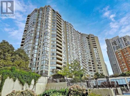 1404 5444 Yonge St - Living room 8.05 m x 3.5 m