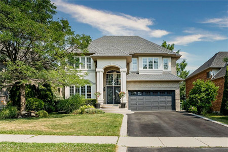 142 Stonehenge Drive, Ancaster, Ontario, L9K1M8