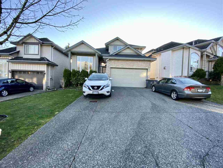 14690 81 A Avenue in Surrey - House For Sale : MLS# r2555947