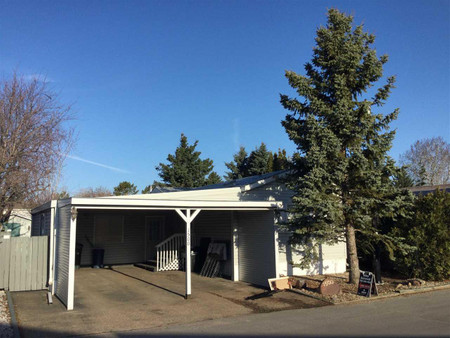 1500 Lakeview Dr in Sherwood Park, AB : MLS# e4239323