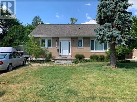 1509 Pembroke Dr, Oakville, Ontario, L6H1V6