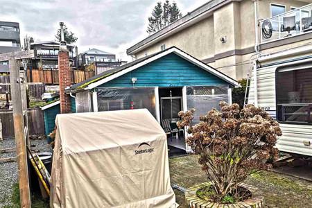 15527 Victoria Avenue, White Rock, British Columbia, V4B1H6