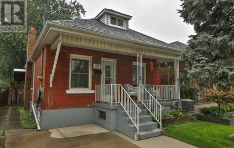 17 Cameron Ave N, Homeside, Hamilton