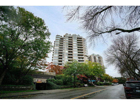 1704 1065 Quayside Drive, New Westminster