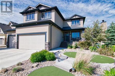 176 Canyoncrest Point W in Lethbridge, AB : MLS# ld0129096