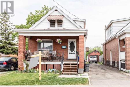 176 Garside Ave N, Homeside, Hamilton
