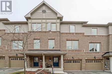 19 Cedar Lake Cres in Brampton - Townhouse For Sale : MLS# w5183041