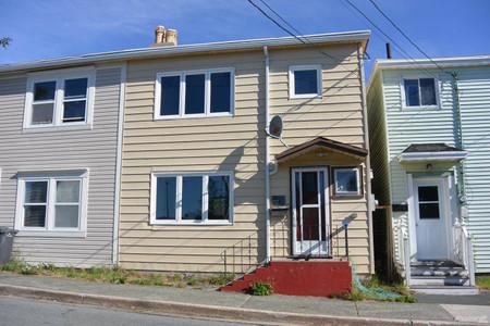 192 Pleasant Street, St John S