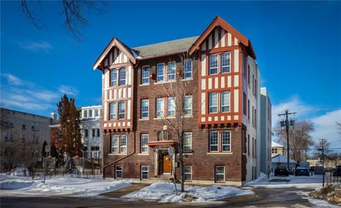 2 272 Home Street in Winnipeg - Condo For Sale : MLS# 202107611