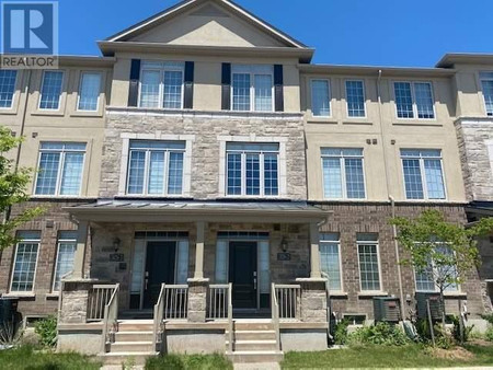 2 3026 Postridge Dr, Oakville, Ontario, L6H0R9
