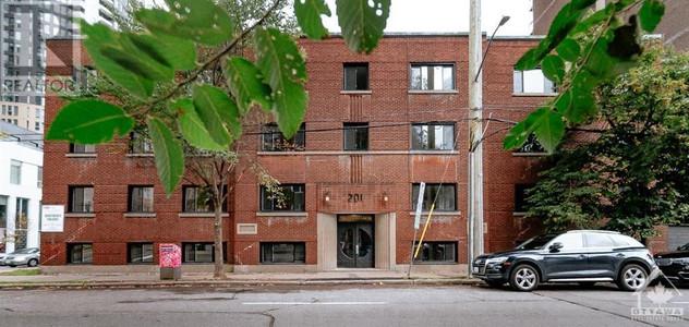 201 Metcalfe Street, Centretown, Ottawa