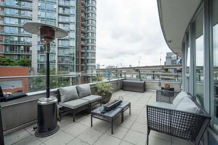 202 689 Abbott Street Vancouver