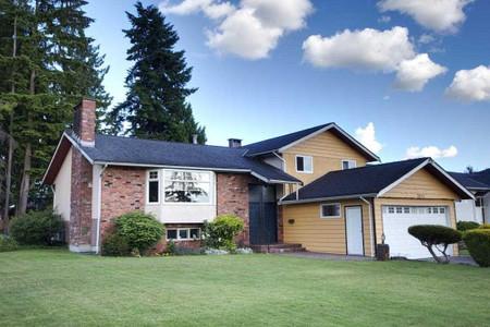 2022 Paulus Crescent in Burnaby, BC : MLS# r2590860