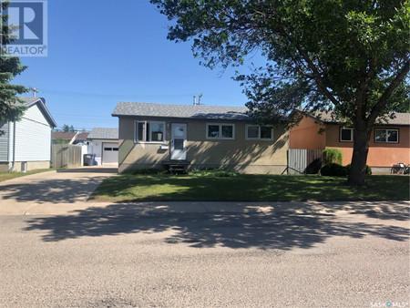205 Grant St, Sutherland, Saskatoon