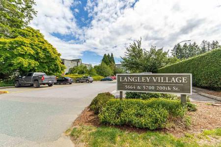 211 5700 200 Street in Langley, BC : MLS# r2590509