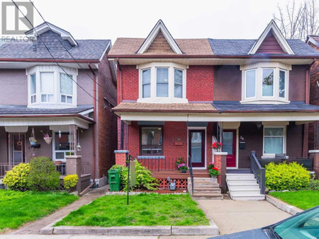 22 Mapleview Ave in Toronto, ON : MLS# w5219374