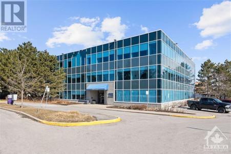 2283 St Laurent Boulevard Unit 203, St. Laurent, Ottawa, Ontario, K1G5A2
