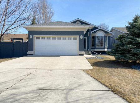23 Coral Reef Cove in Winnipeg - House For Sale : MLS# 202107854