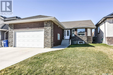 235 Hastings Ln in Saskatoon, SK : MLS# sk852627
