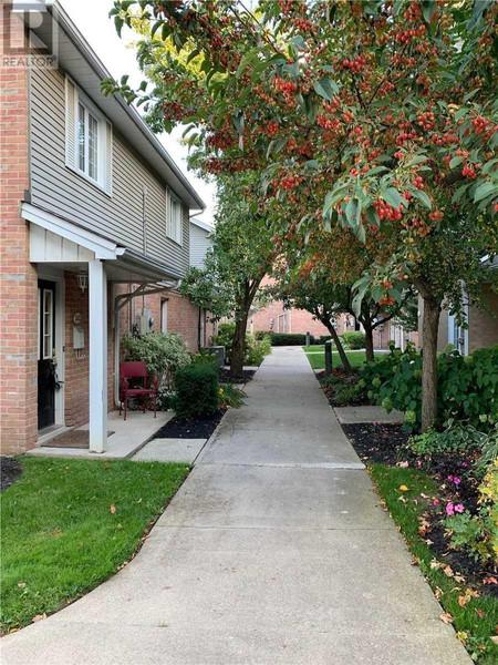 242 2110 Cleaver Ave, Headon, Burlington