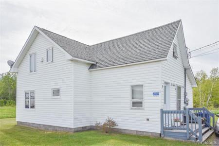 259 1 Ere Rue, Caraquet, New Brunswick, E8S1S9