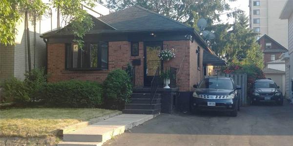 26 Holley Ave, Toronto, Ontario, M9N2C5