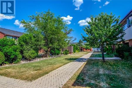 27 530 Falgarwood Drive, Oakville, Ontario, L6H1N3