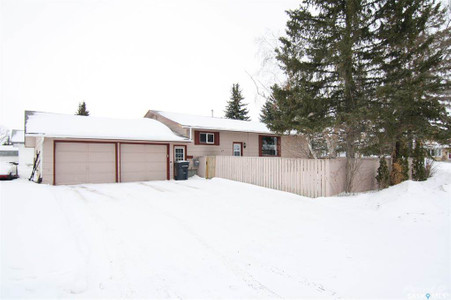 27 Clarewood Crescent in Yorkton - House For Sale : MLS# sk842662