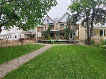 280 Eugenie St, Winnipeg, Manitoba, R2H0Y4